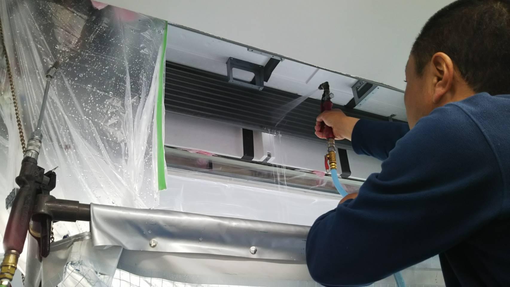 天井カセットエアコン2方向 分解クリーニング